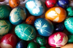 Easter-eggs-with-leaves12